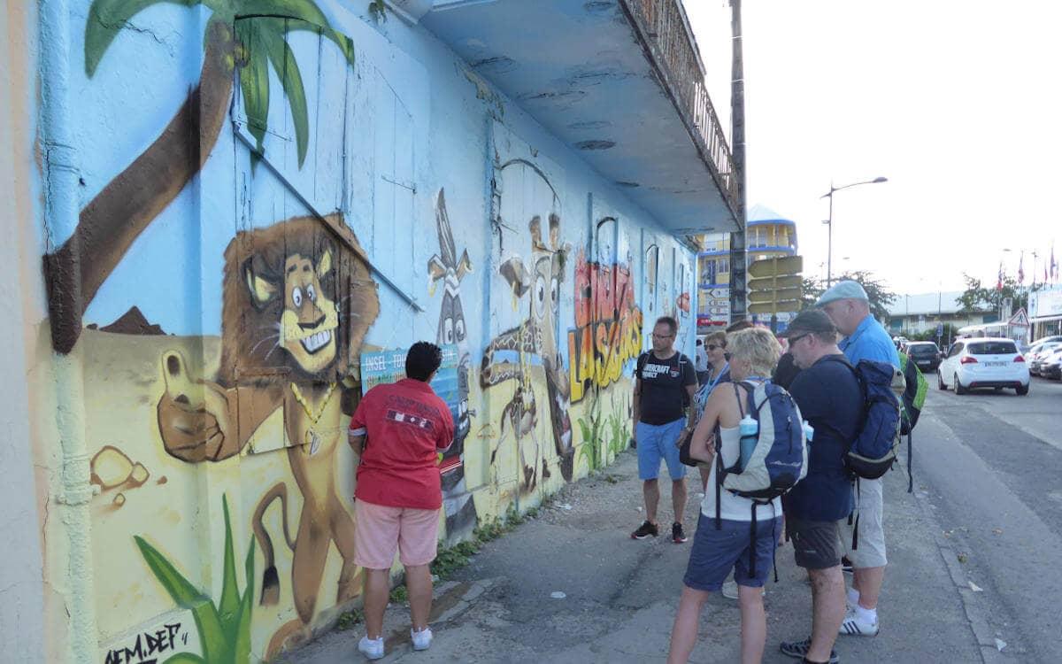 Graffitis ansehen bei: Auf Tour mit Bleupearl