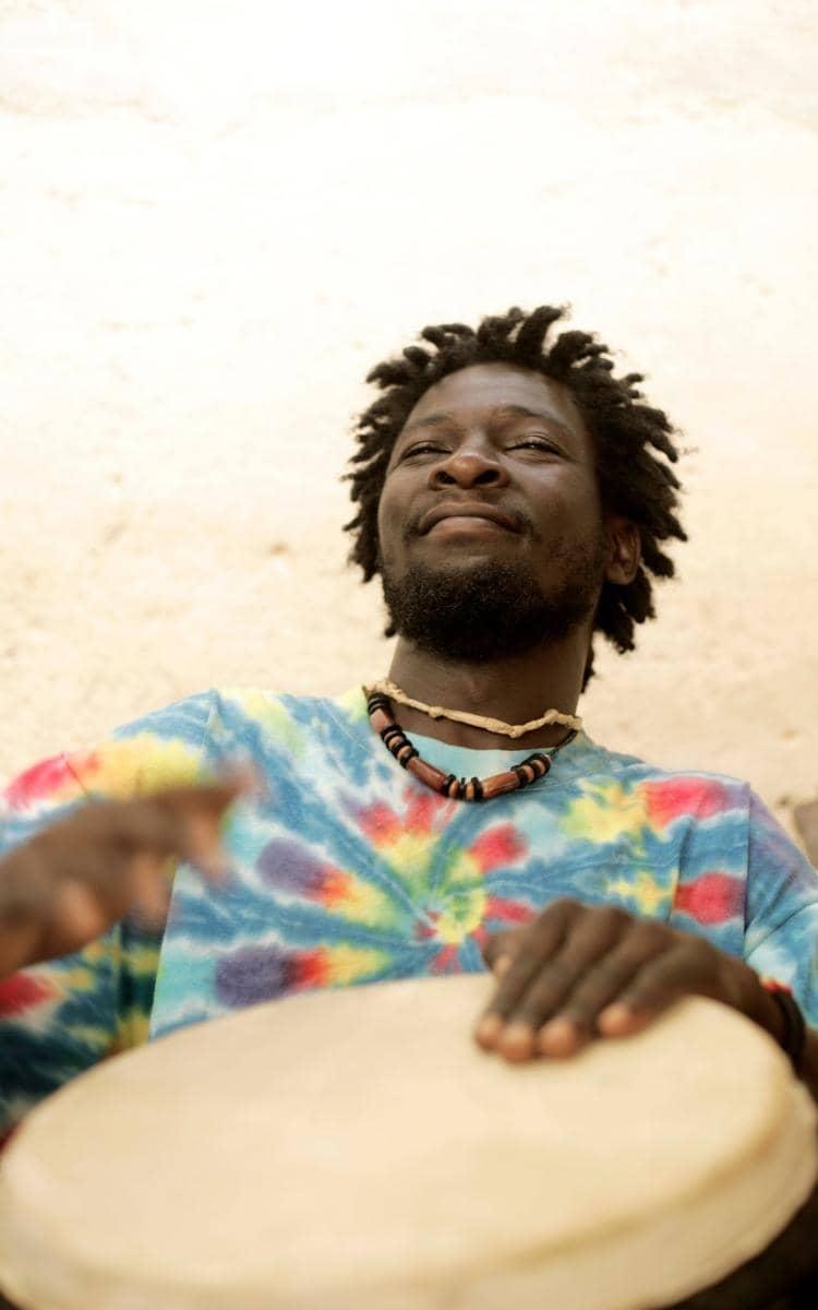 Menschen auf Guadeloupe machen Musik